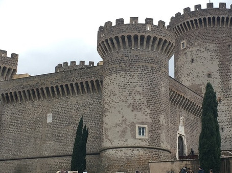 Tivoli: Il 30 ottobre la Rocca Pia apre le porte alla poesia