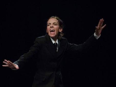 """Covid 19, il teatro. Elvira Frosini: """"Siamo stati i primi a fermarsi e il momento è difficile"""""""