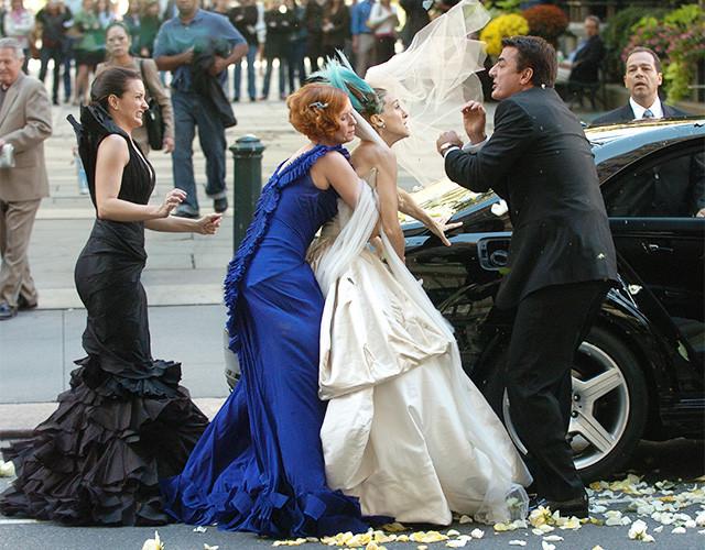 Carrie Bradshaw SATC stood up wedding scene.