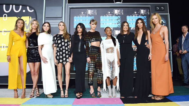 THE BEST LOOKS FROM THE 2015 MTV VMAS