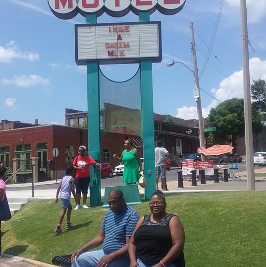 Memphis 19_edited.jpg