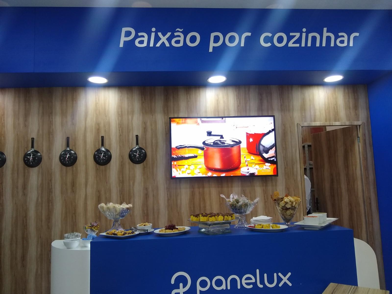 Panelux - Gift