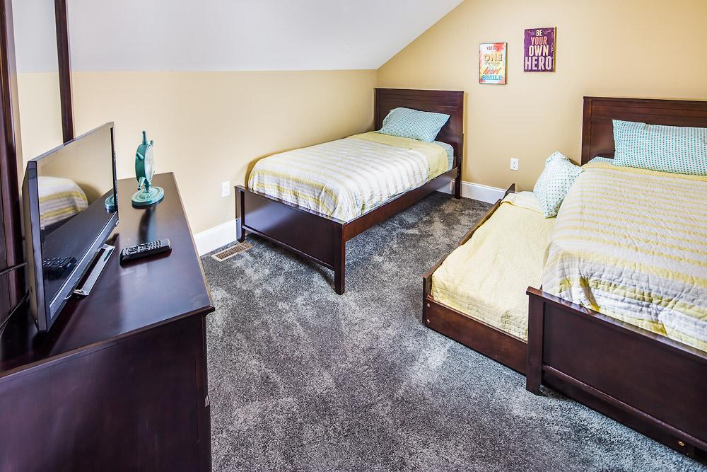 15-0714-11a-Room.jpg