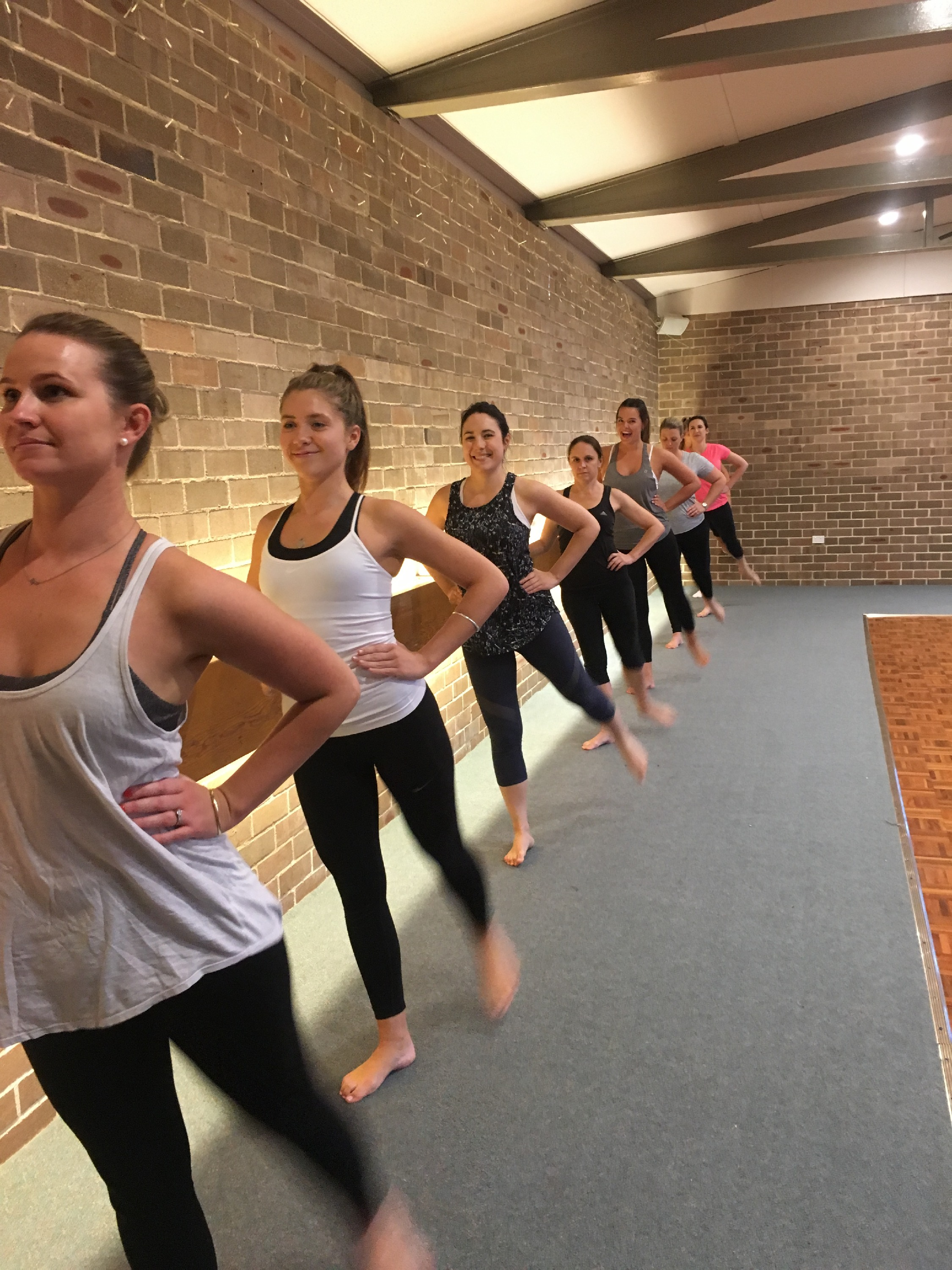 Physie seniors at the barre