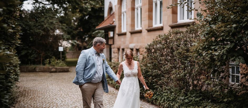 Anna & Benjamin: standesamtliche Trauung im Amtshaus Bochum-Gerthe