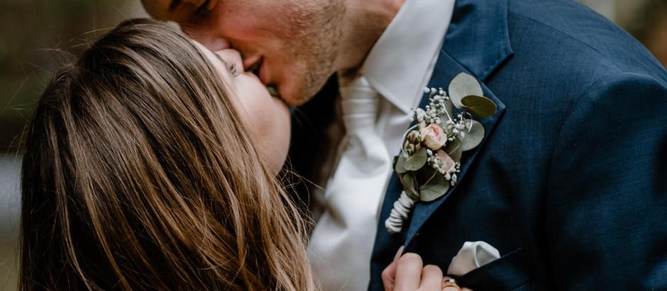 Kathi & Daniel: Hochzeit im Schloss Steinhausen, Witten