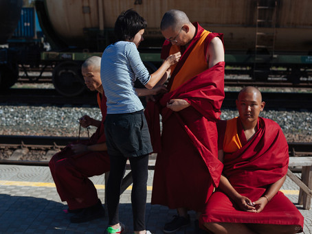 on the set with monks (2)