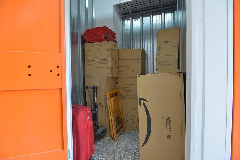 Ceben cajas, maletas,sillas, material deportivo.jpg