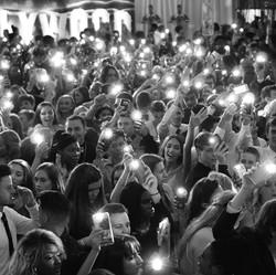 light crowd