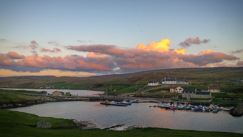 Budget accommodation Shetland. Bridge end outdoor centre. Self catering, caravans and camping.