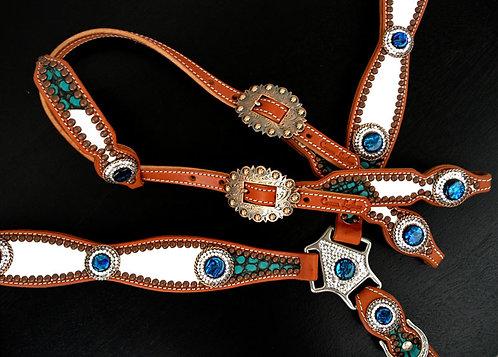 2005 Style White & Turquoise Tack Set
