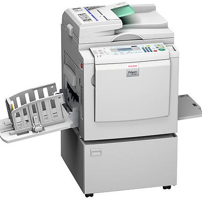 High-speed printing does not have to be expensive. The Priport™DX 2330/DX 2430 offer excellent value for your money. Printing an impressive 90 pages per minute, these systems are both reliable and user-friendly. Adding spot colours or editing documents for a professional look is easy. The duplicators turn into extra fast printers when upgraded with a PC controller.