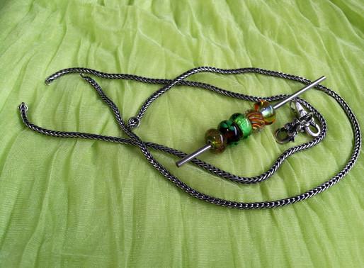 Mix to halskæder