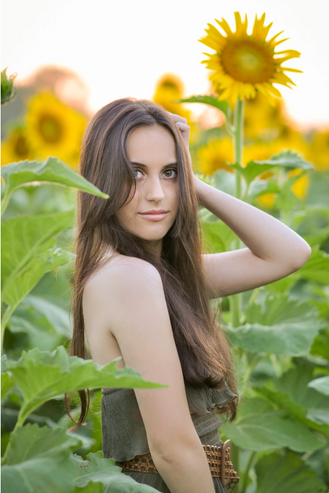 high school senior girl sunflowers