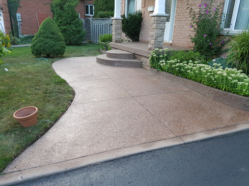 Exposed Aggregate - High Gloss