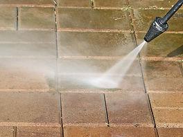 patio-washing-4888773.jpg