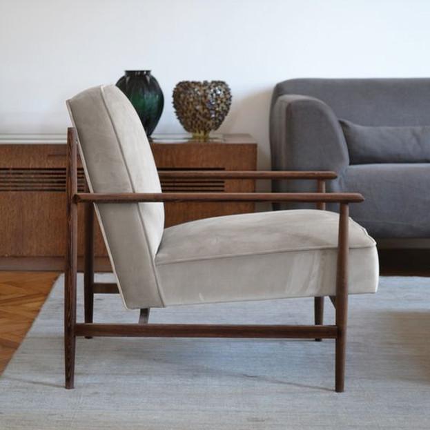 Brown Living Room Detail