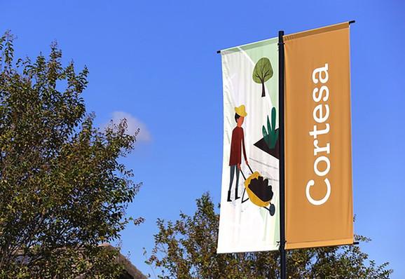 cortesa-village-signage