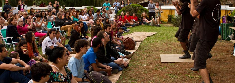 Grupo Embatucadores no Festival Soy Loco