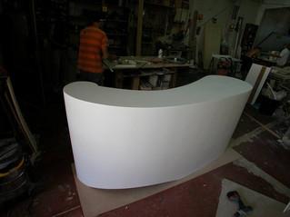 Barras y mostradores de diseño en Acrylik-Pure
