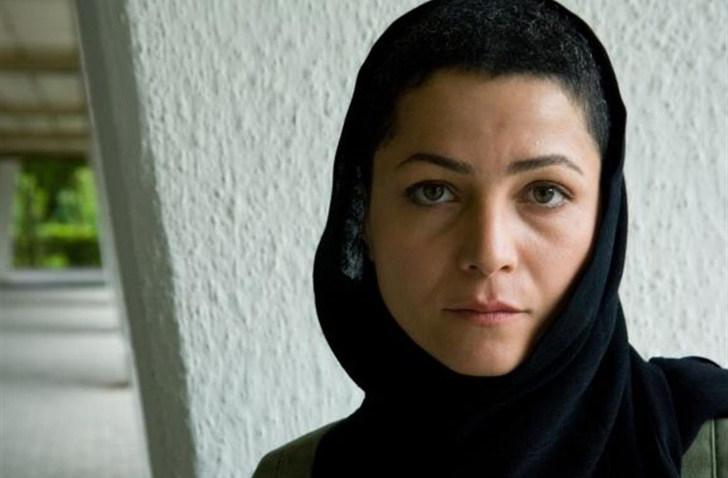 "Marzieh Vafamehr - BEST INTERPRETATION in ""GAZE"" di Farnoosh Samadi"