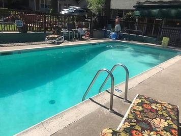 poolside 042921