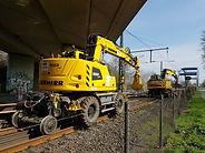 track-construction-machine-1390747.jpg
