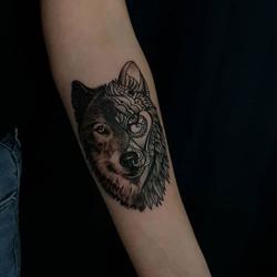 #realismtattoo #loup #tatouagerennes #ta