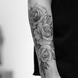 #rose #mandalatattoos #fleurs🌸 #rennesm