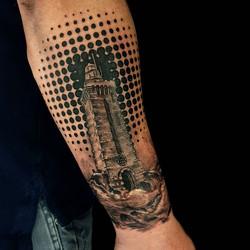 #phare #realismtattoo #tatouagerennes #t