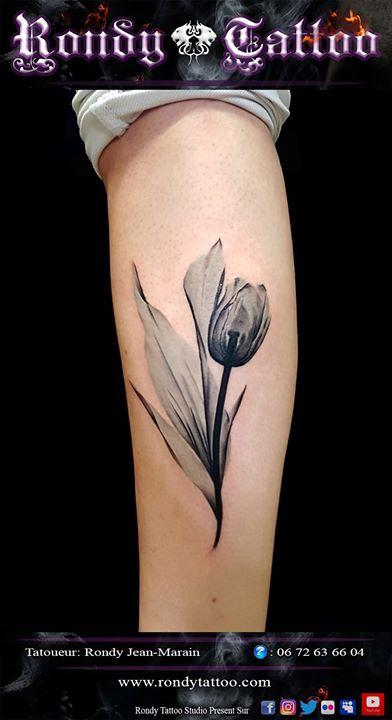 #flowertattoo #direct #tattoo #tatouagerennes #tatoueur #artistetatouer #tattooartist #tatoueurrenne