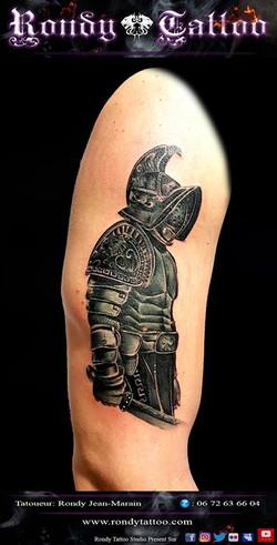 (parti 1) gladiateur  #tatouagerennes #tatoueur #photo #artistetatouer #video #tattooartist #tatoueu
