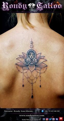#tatouagepoupéerusse #lotus #mandala #tatouage #tatouagerennes #tatoueur #artistetatouer #tattooarti