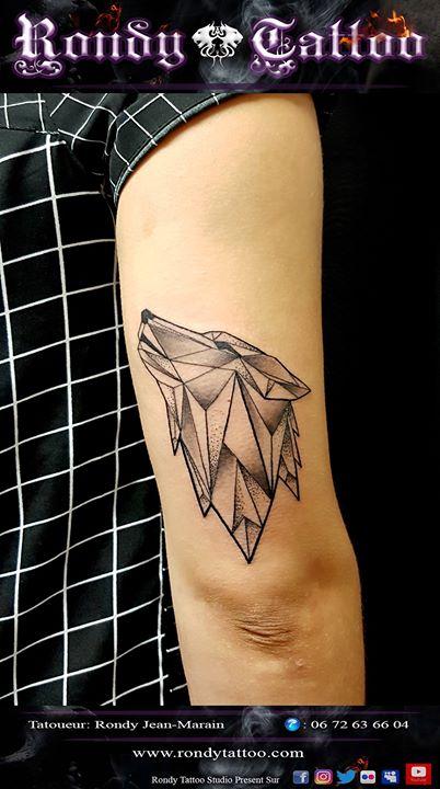 #loupgeometrique  #tatouagerennes #tatoueur #artistetatouer #tattooartist #tatoueurrennes #ink #inke