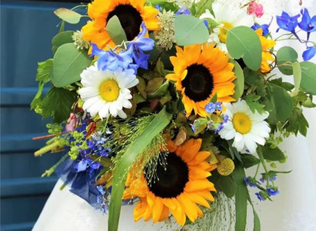Some of the Best Heat Busting Flowers for a Summer Wedding.