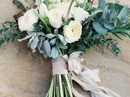8 Types of Bouquets to suit your Wedding Dress