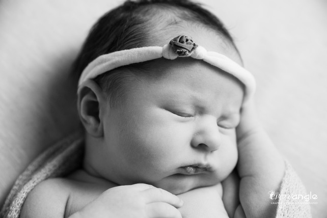 BABY HUNTER-4.jpg