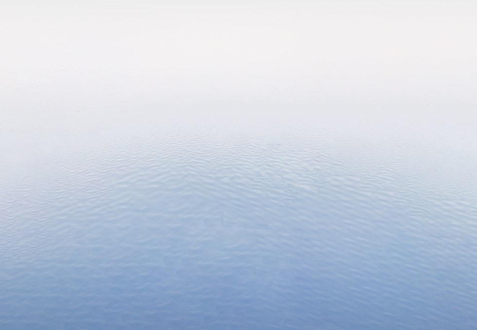 HSBCboat_wave.jpg