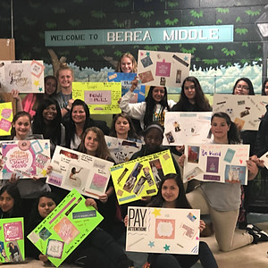 Be That Chick Teen Outreach Vision Board and Setting Goals