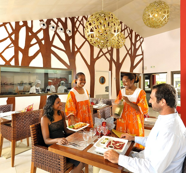 Restaurant  - La Nea Hotel