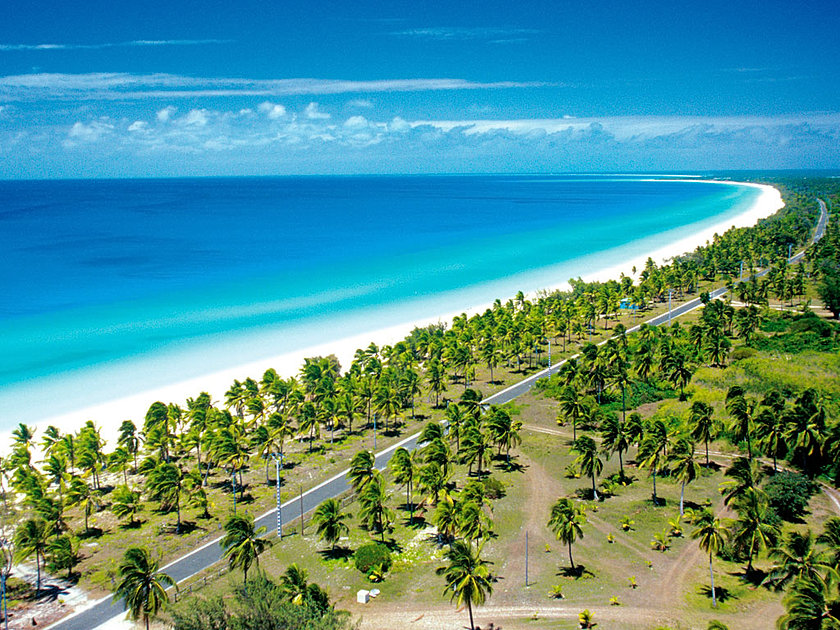 how to get to ouvea new caledonia