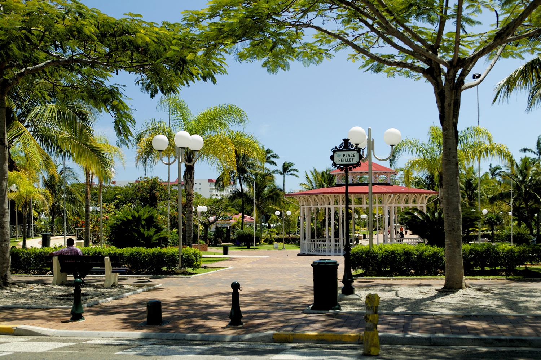 Place des Cocotiers, Nouméa