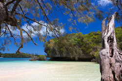 KANUMERA BAY - ISLE OF PINES