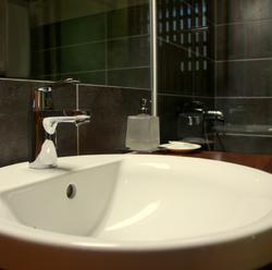 Bathroom - Ka Waboana Lodge