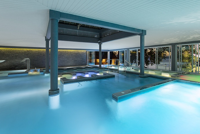 Aquatonic pool - Chateau Royal Beach