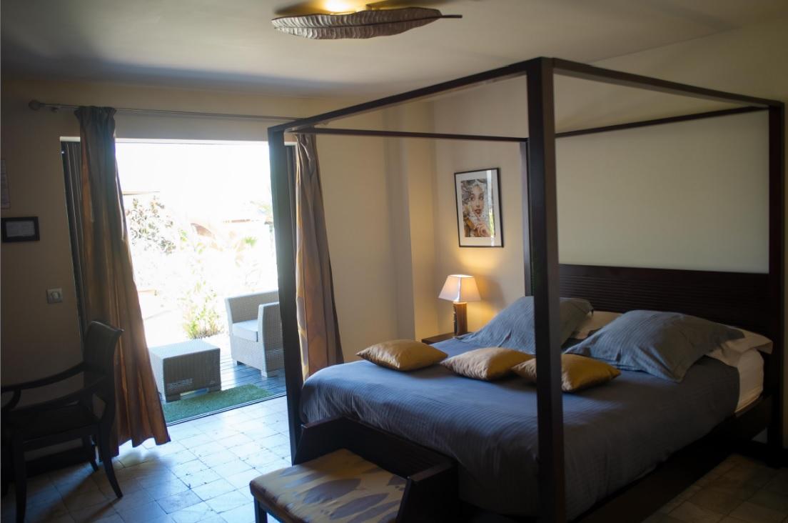 Hibiscus Hotel Room