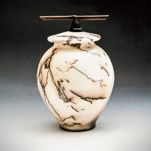 Horsehair bottle with bamboo on lid