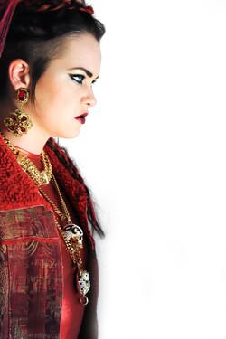 Etta Bond Volt Magazine