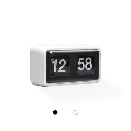 Classic Mid-Sized Flip Clock