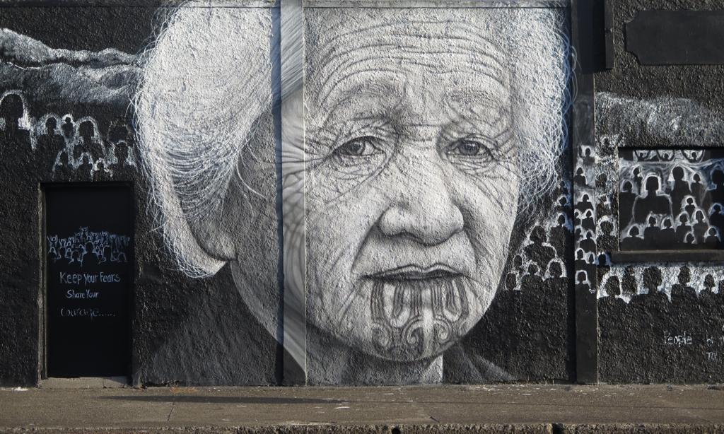MAORI WALL ART